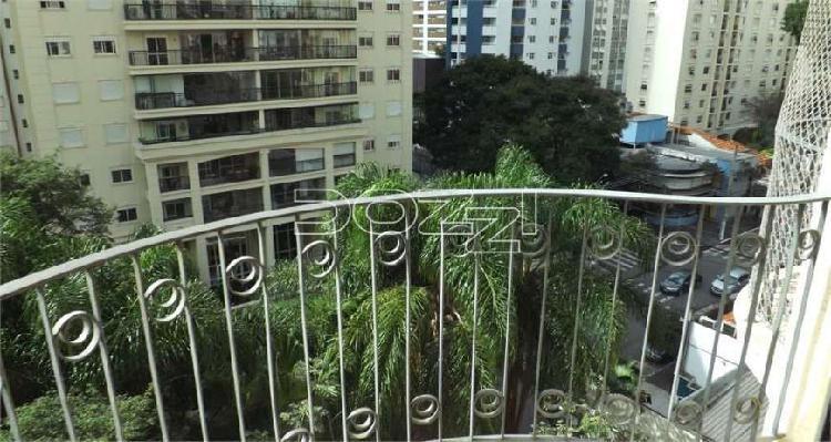 Apartamento a venda, ,reformado, com, 88,67m²,a 3 Quadras