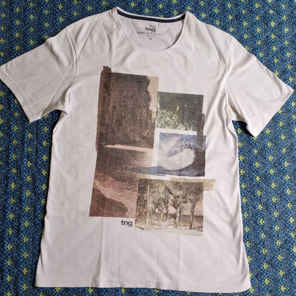 Camiseta branca estampada tng