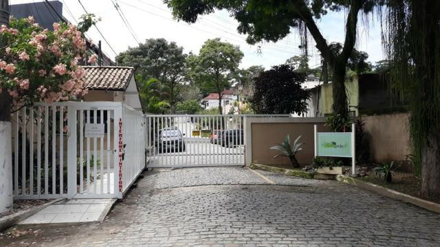 Casa duplex condomínio cidade jardim - baldeador, niterói
