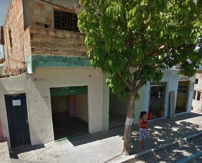 Casa com 4 lojas no floramar de esquina lote 565 m2 escritur