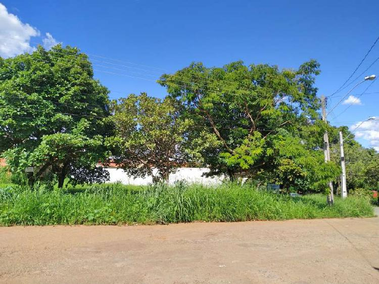 Lote/Terreno para venda tem 656 metros quadrados em Jardim