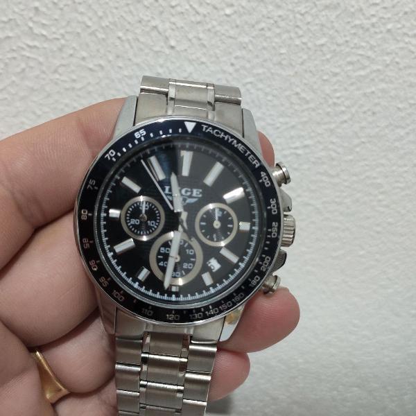 Relógio lige lindo