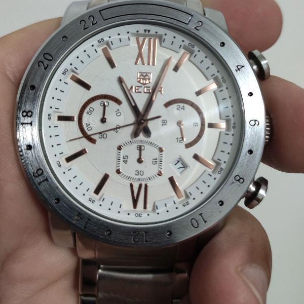 Relógio mega