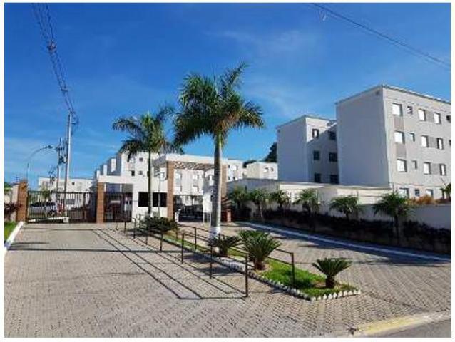 Vendo ou alugo apartamento no condomínio residencial parque