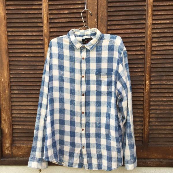 Camisa manga longa masculina xadrez azul e branco
