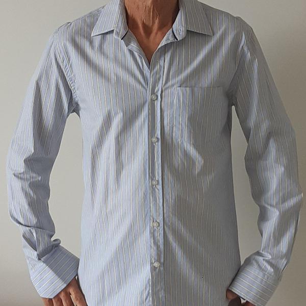 Camisa masculina listrada azul claro