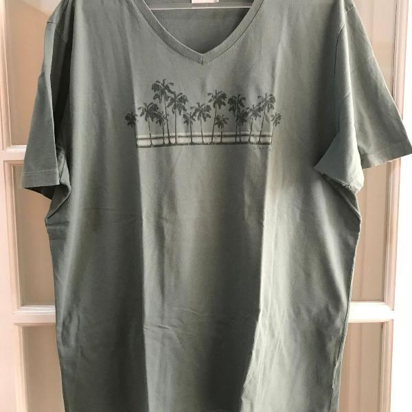 Camiseta masculina scene verde coqueiros g