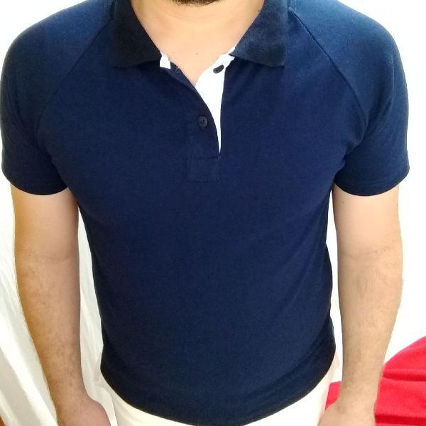 Camiseta polo masculino azul marinho raglan