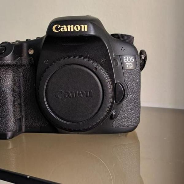 Câmera fotográfica profissional canon eos 7d