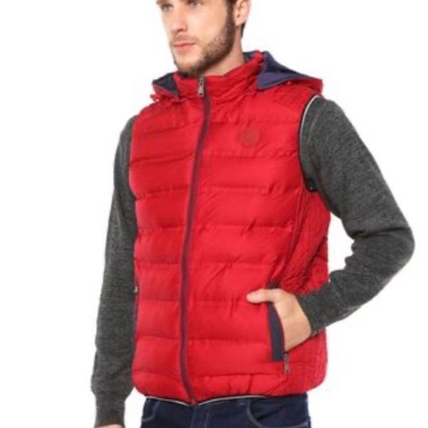 Colete puffer com capuz vermelha - polo wear
