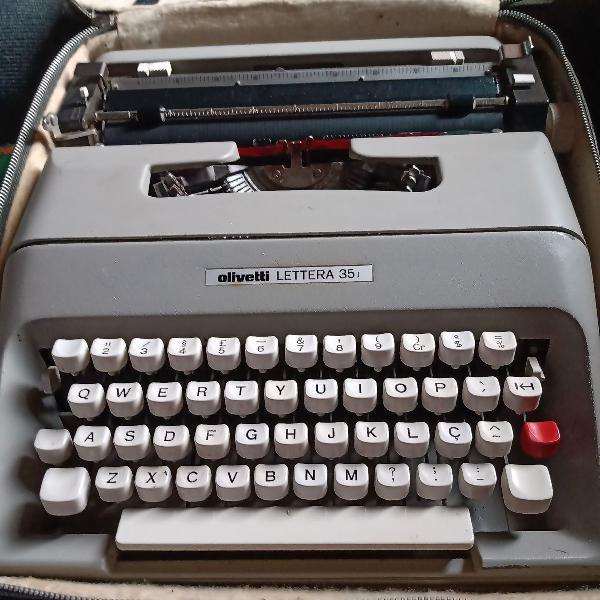 Vendo máquina de escrever antiga