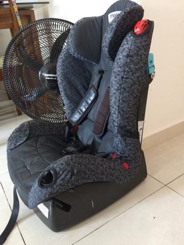 Cadeira veicular burigoto matrix evilution