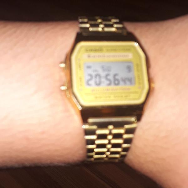 Relógio casio dourado original promoção limitada