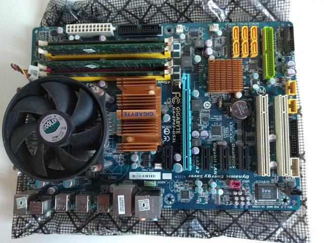 Vendo conjunto placa mãe, processador e memórias