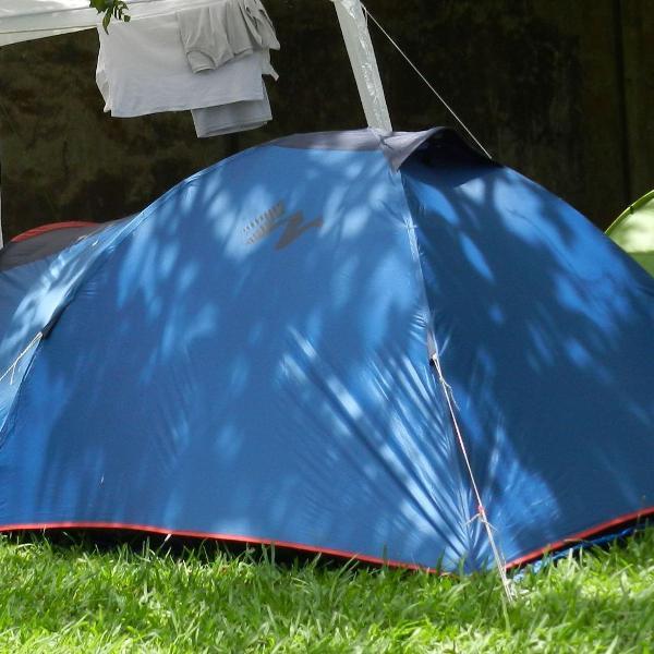 Barraca camping para 3 pessoas.