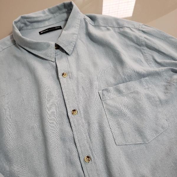 Camisa lisa azul claro hering