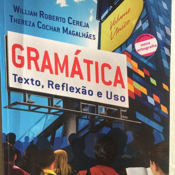 Livro de gramática: texto, reflexão e uso