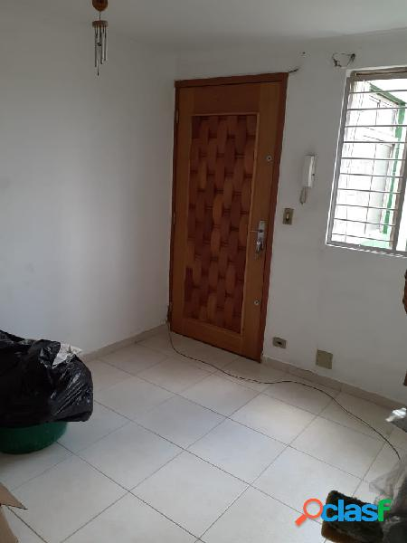 Oportunidade na região de artur alvim - apartamento com reforma nova
