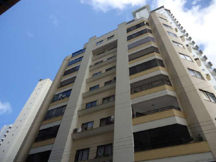 Apartamento próximo a avenida brasil
