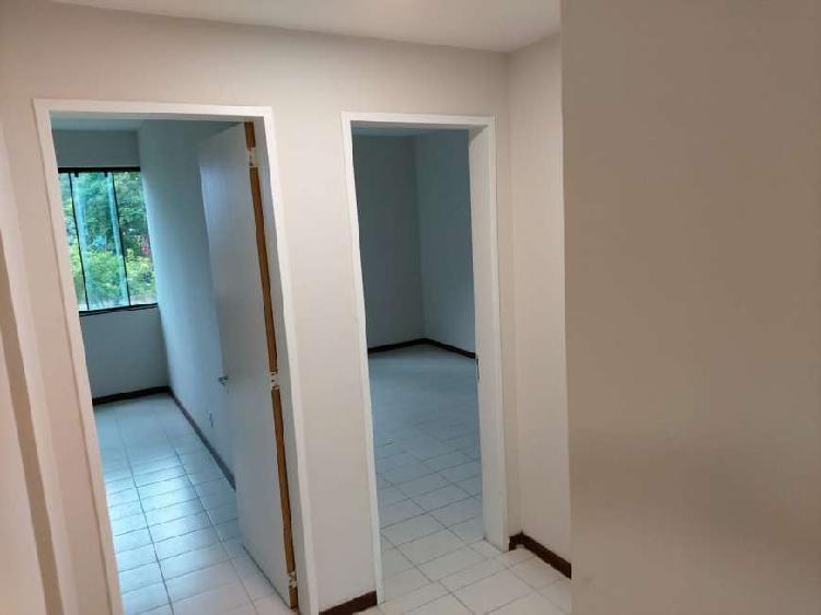 Apartamento para aluguel possui 127 metros quadrados com 3