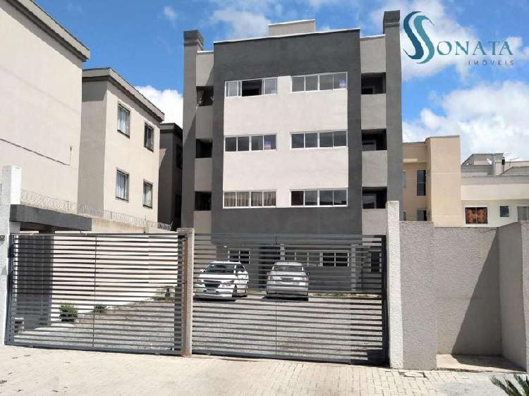 Apartamento com 2 Quartos à venda, 61 m² por R$ 180.000
