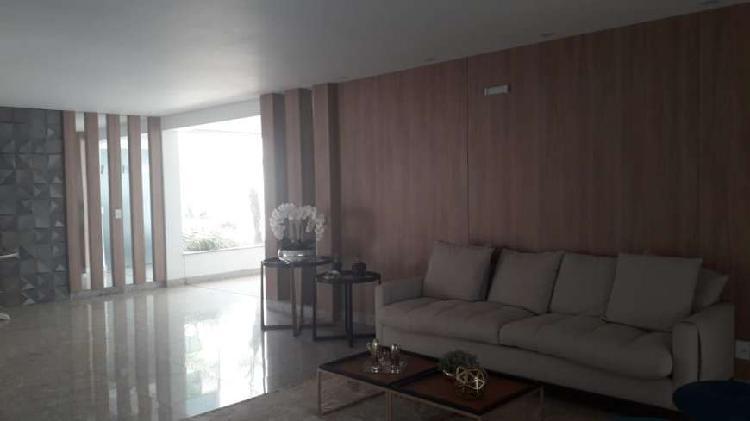 Apartamento para venda possui 171 metros quadrados com 3