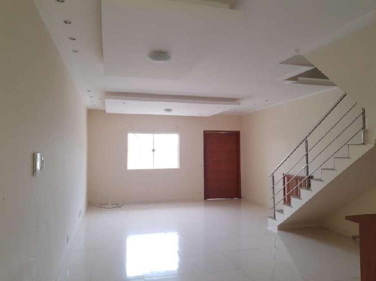 CASA 03 QUARTOS COM 127 m² NO VALE DAS PALMEIRAS