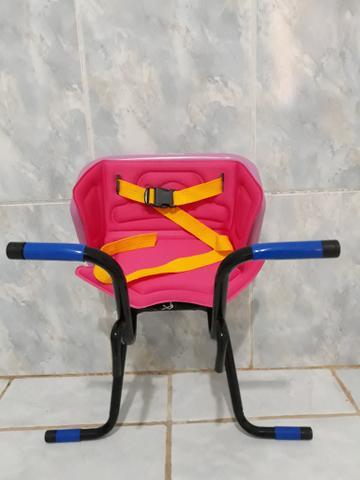 Cadeirinha de bike infantil para levar crianças na sua