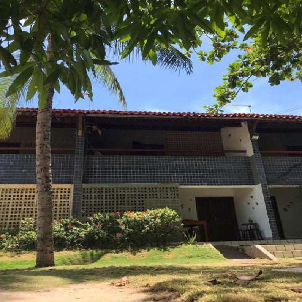 Casa de condomínio para aluguel, diárias tem 93 metros