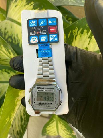 Relógio casio vintage prata- 100% funcional, resistente a