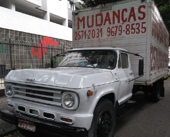 Vendo Caminhão baú rj Barato R$ 18.500