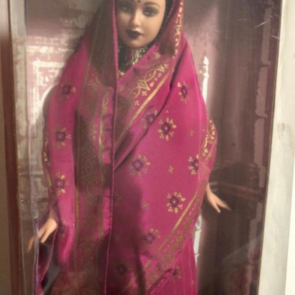Barbie princesa of india- item de colecionador