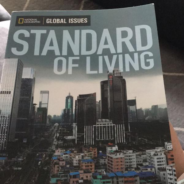 Livro standard of living - padrão de vida