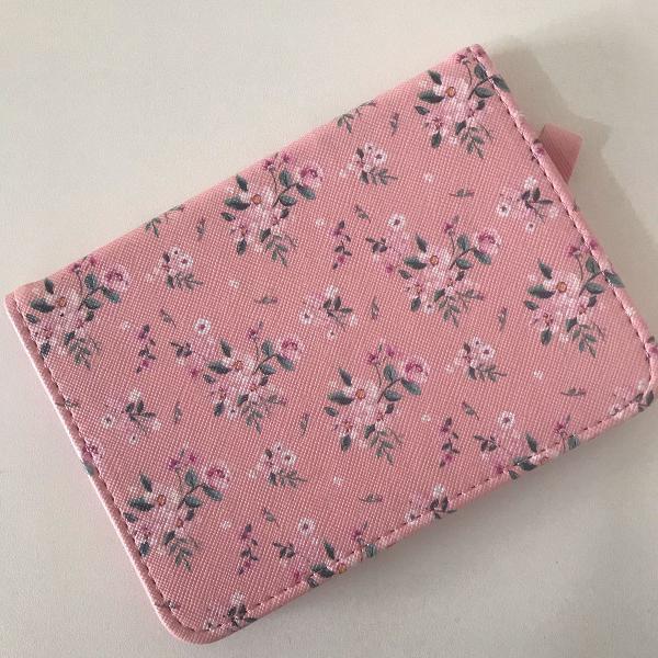 porta passaporte estampado rosa