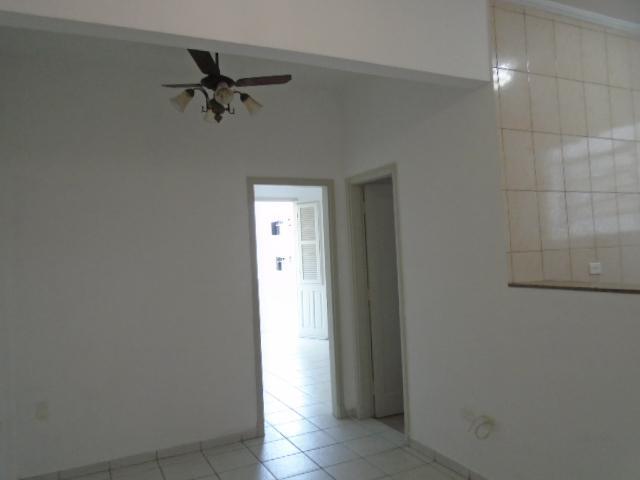 Apartamento 1 dormitório- vazio- reformado- boqueirão