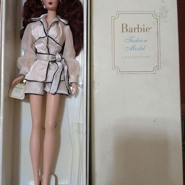 Barbie colecionável fashion model collection