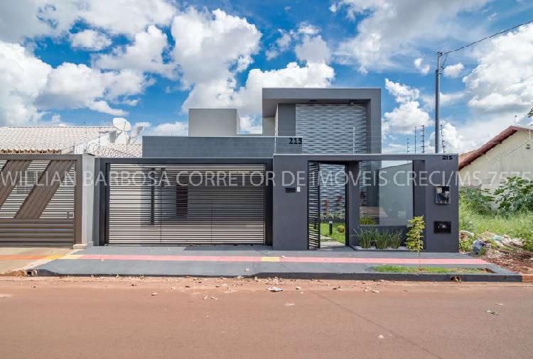 Belíssima casa nova com fachada moderna e imponente!