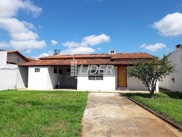Casa para alugar com 3 dormitórios em santa mônica,