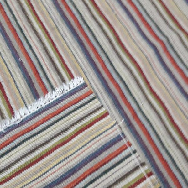 Tapete artesanal kilim listrado