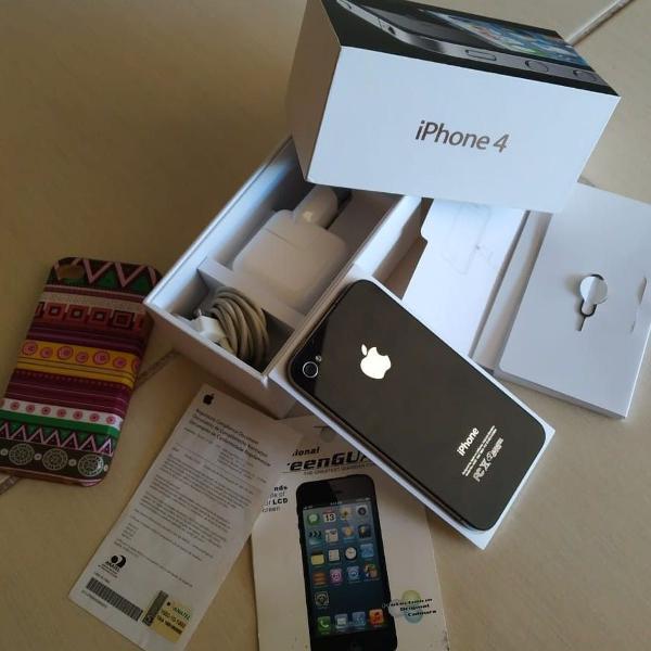 Celular iphone 4 preto 8 gb com carregador, chave e caixa