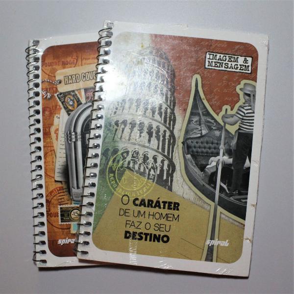 Dois cadernos capa flexível espiral a5