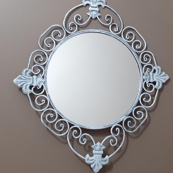 Espelho, espelho meu!