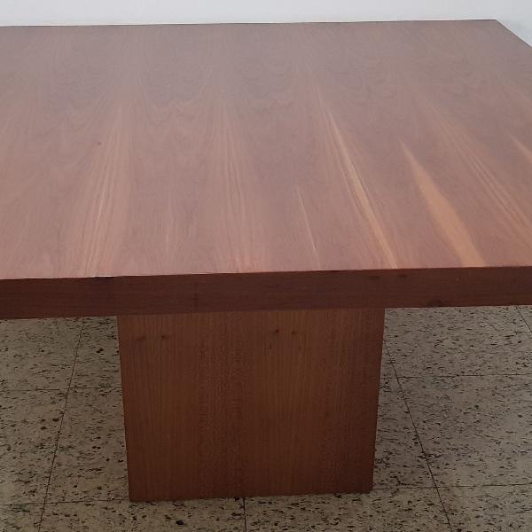 Mesa quadrada madeira freijo natural