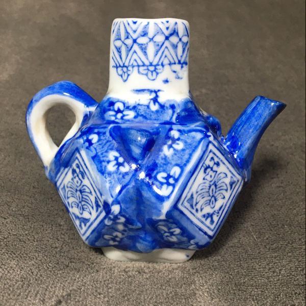 Mini bule porcelana chinesa
