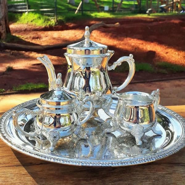 Mini jogo de chá vitoriano
