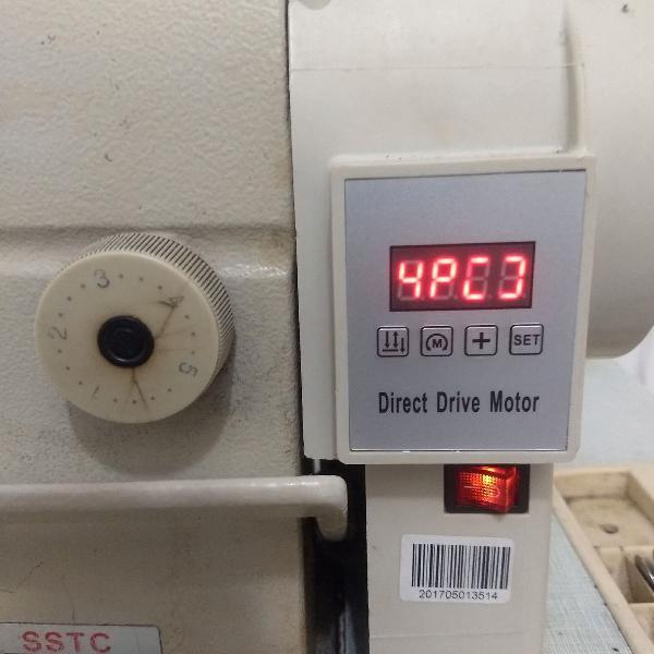 Máquina de custura reta industrial