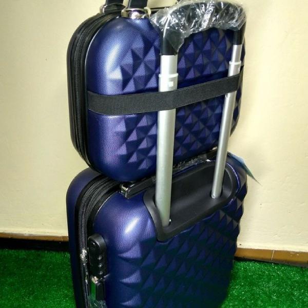 Kit 1 mala viagem média + 1 mala de bordo