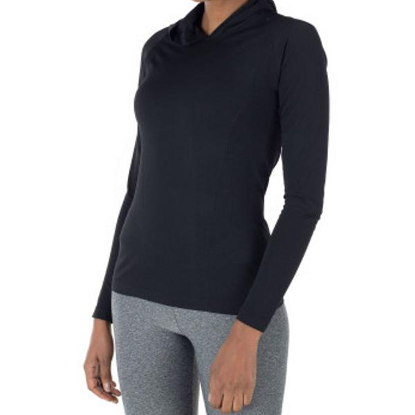 Camiseta preta manga longa, capuz e abertura para polegar