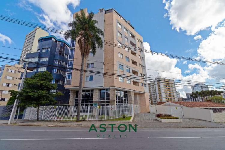 Apartamento com 2 quartos em Centro Cívico - Curitiba - PR