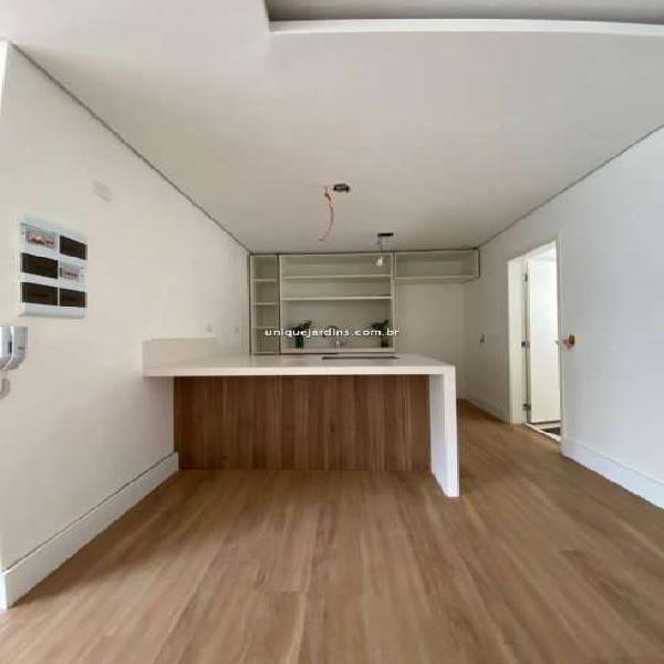 Apartamento para à venda com 3 quartos 1 sala 96 m2 no